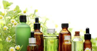 635603586952873836-Essential-oils